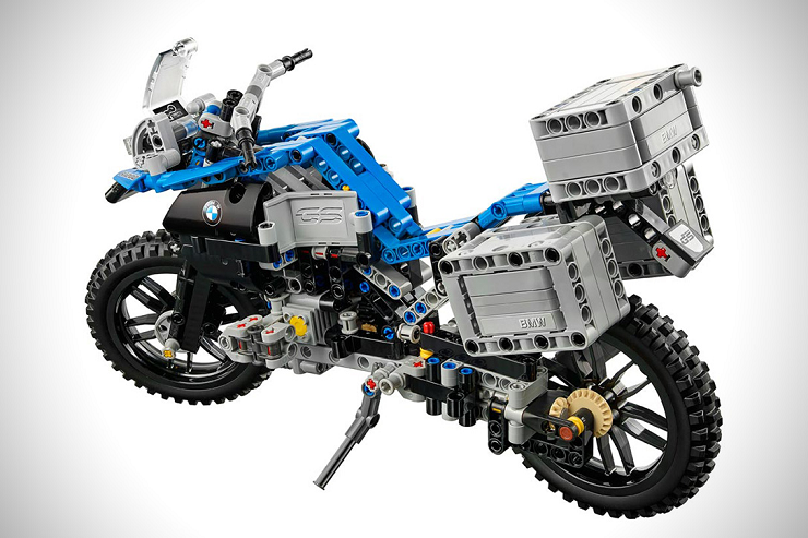 Lego-BMW-R-1200-GS-Adventure