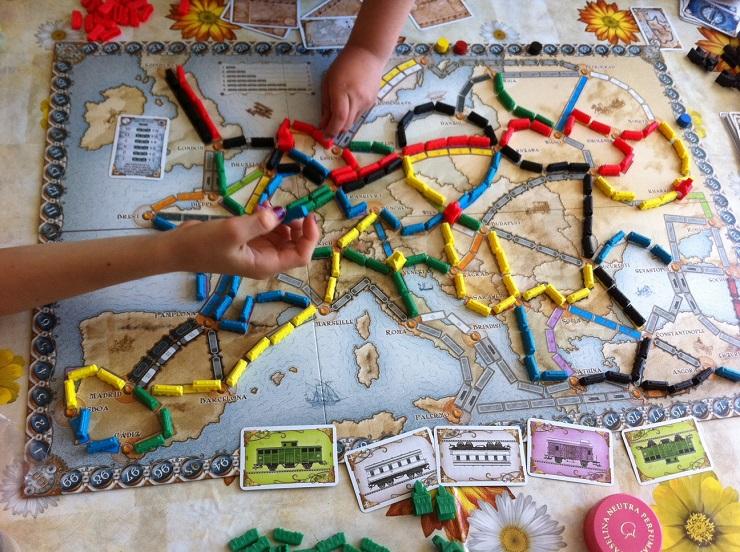aventureros-al-tren-juego-de-mesa-jugueteseideas3