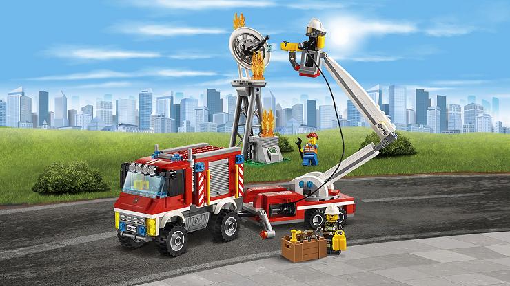 camion-bomberos-polivalente