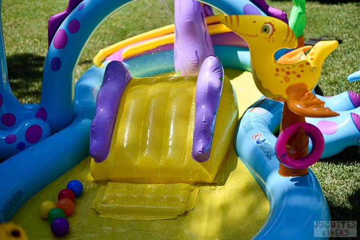 centro-de-juegos-acuatico-dinoland-de-intex-blog-de-juguetes-10