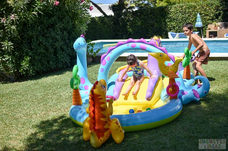centro-de-juegos-acuatico-dinoland-de-intex-blog-de-juguetes-14