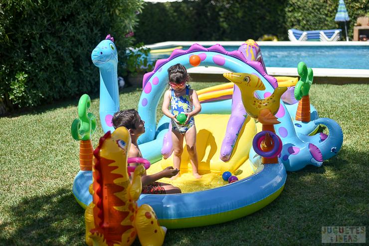 centro-de-juegos-acuatico-dinoland-de-intex-blog-de-juguetes-15