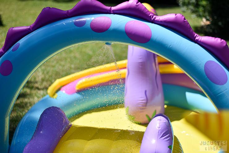 centro-de-juegos-acuatico-dinoland-de-intex-blog-de-juguetes-8