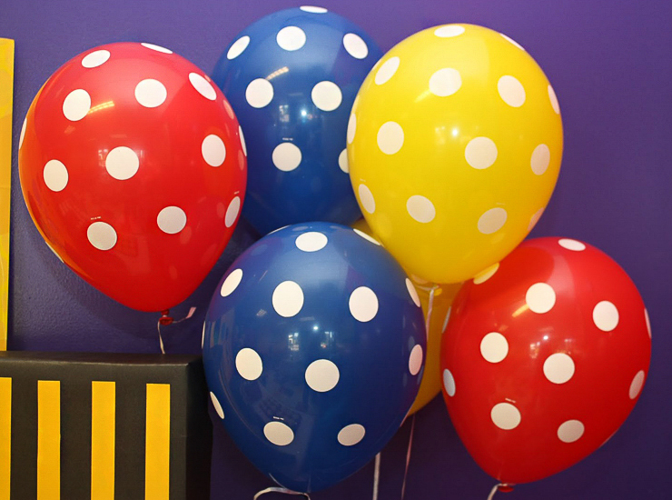 Globos de colores para fiestas infantiles blog de juguetes - Globos para eventos ...