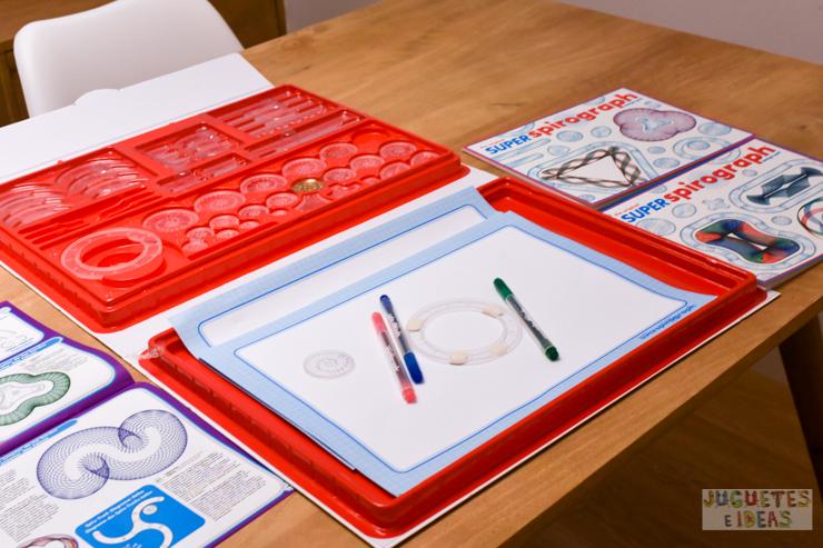 hacemos-disenos-geometricos-con-spirograph-de-fabrica-de-juguetes