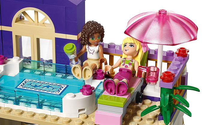 heartlake-hotel-lego-friends