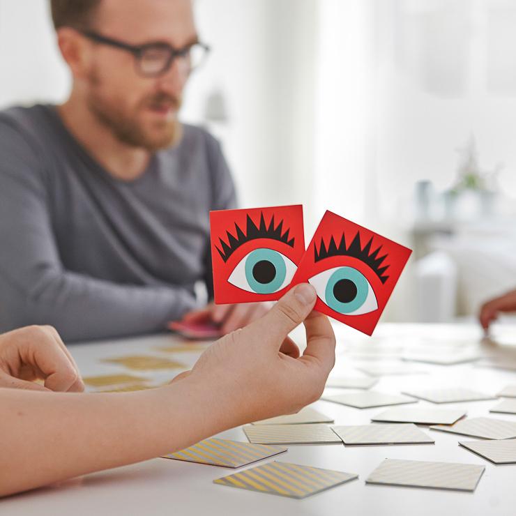ikea-lattjo-2015-juego-cartas-papel-libre-cloro-blanqueado-PH129479-lowres