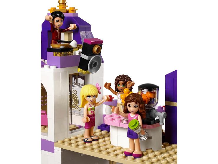 lego-friends-gran-hotel-heartlake