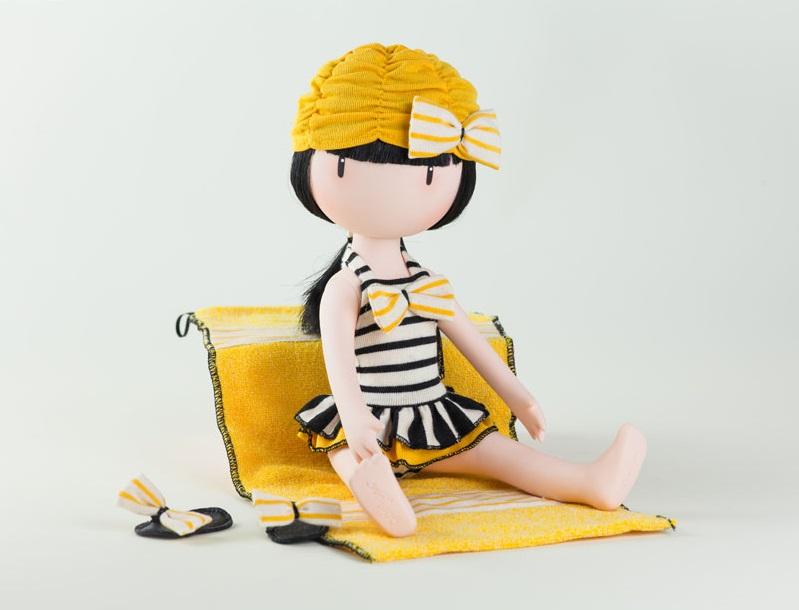 pack-de-ropita-para-muñeca-gorjuss-beach-belle