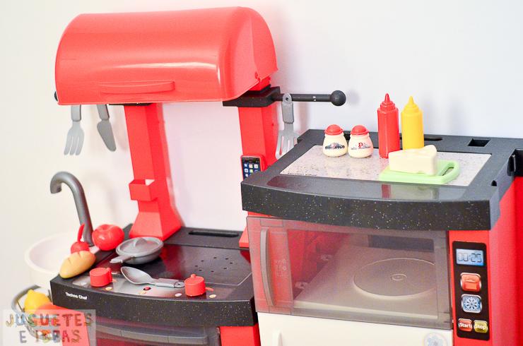 pequeno-chef-cocina-techno-chef-luces-y-sonidos-fabrica-de-juguetes-12