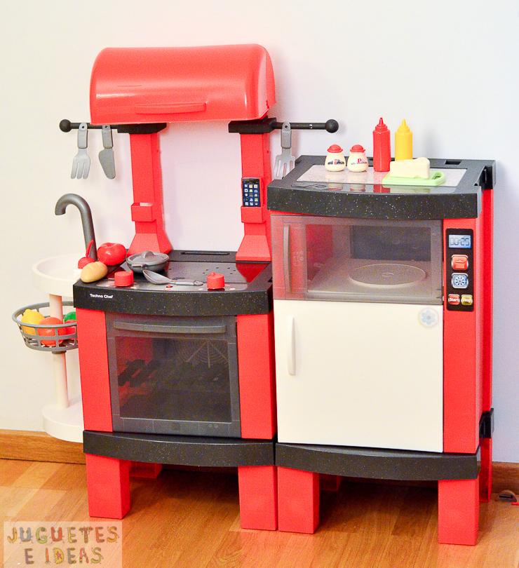 pequeno-chef-cocina-techno-chef-luces-y-sonidos-fabrica-de-juguetes-14