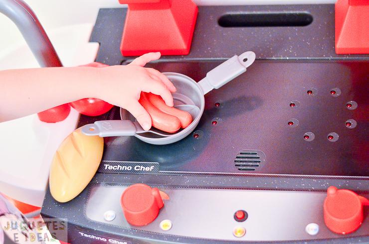 pequeno-chef-cocina-techno-chef-luces-y-sonidos-fabrica-de-juguetes-6