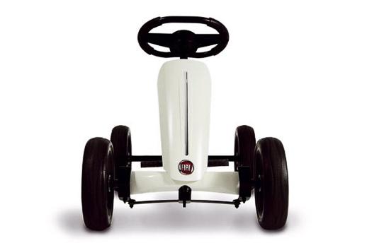 sorteo-coches-pedales-berg-buzzy-fiat-500-Topludi-Jugueteseideas