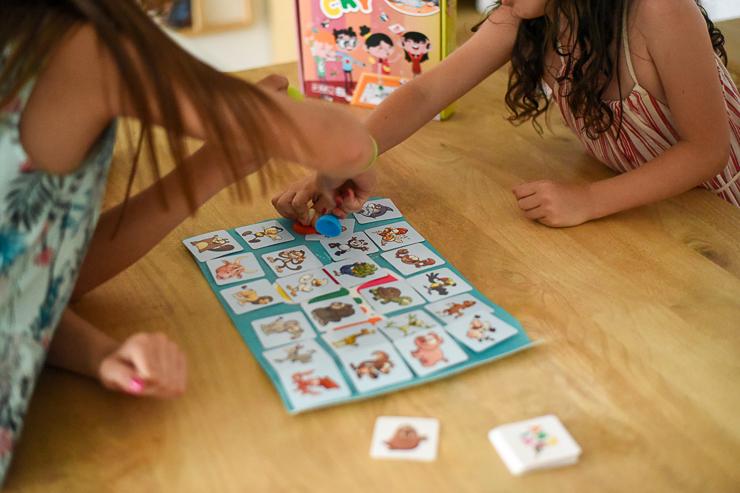 sticky-de-cayro-un-juego-de-mesa-para-rapidos-9
