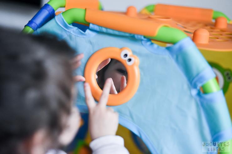 yookidoo-discovery-playhouse-la-casita-plegable-de-actividades-de-toctoys-sorteo-en-juguetes-e-ideas-12