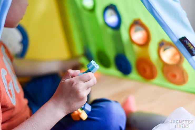 yookidoo-discovery-playhouse-la-casita-plegable-de-actividades-de-toctoys-sorteo-en-juguetes-e-ideas-5