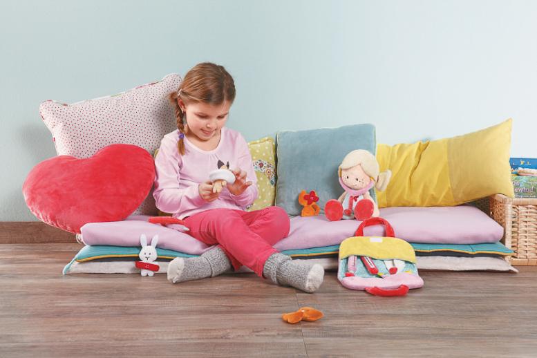 Muñecas de peluche NICI Wonderland_sorteo Juguetes e ideas-24