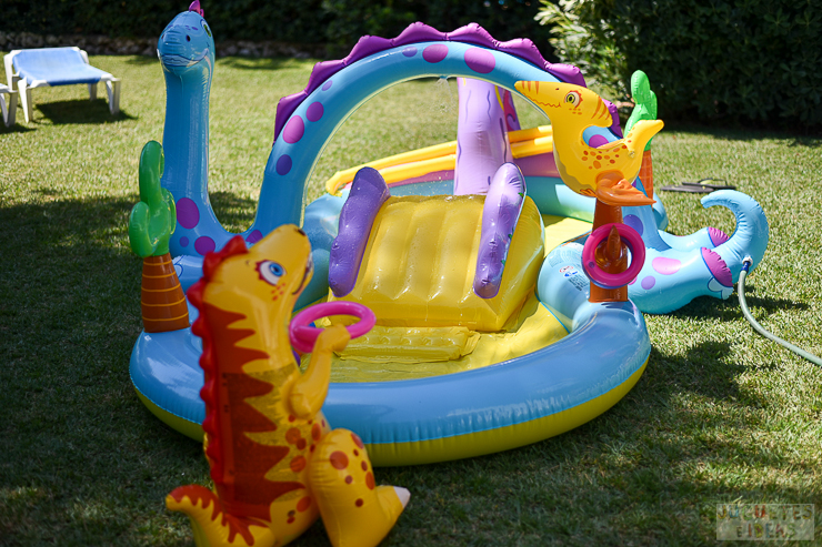 centro-de-juegos-acuatico-dinoland-de-intex-blog-de-juguetes-11