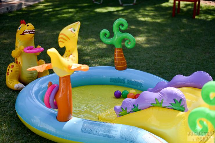 centro-de-juegos-acuatico-dinoland-de-intex-blog-de-juguetes-3