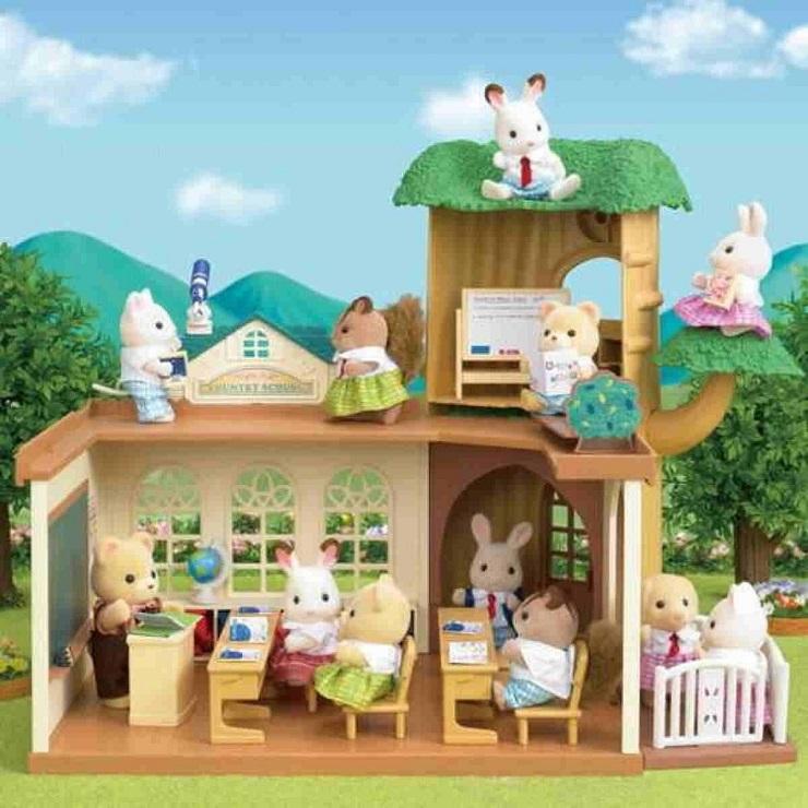 escuela-arbol-country-sylvanian-families