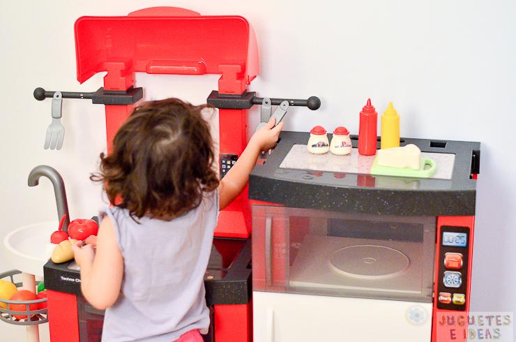 pequeno-chef-cocina-techno-chef-luces-y-sonidos-fabrica-de-juguetes-8