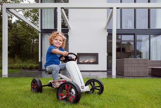 sorteo-coches-pedales-berg-buzzy-fiat-500-Topludi-Jugueteseideas-7